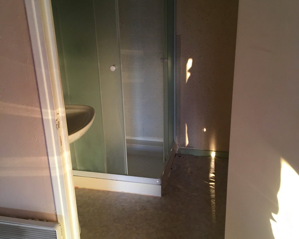renovation-salle-de-bain-avant